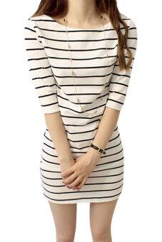 ผู้หญิงครึ่งแขนเสื้อลำลองลายไซเบอร์แต่งตัว (ขาว)