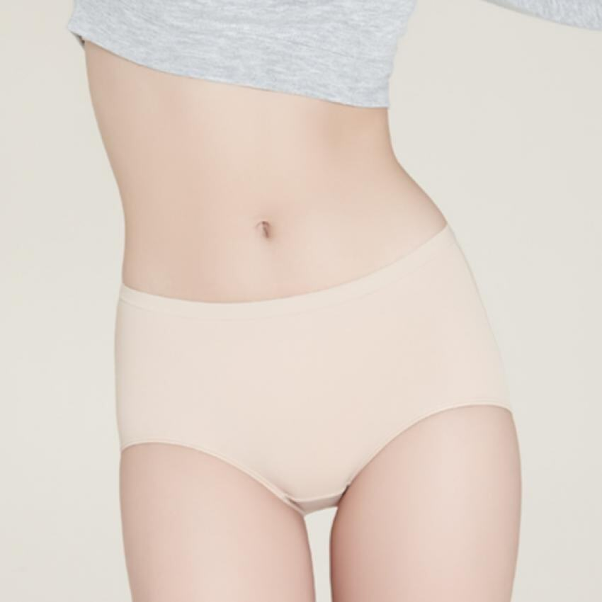 Sabina กางเกงชั้นใน Magic Fit กางเกงในอุ้มก้นรหัส SUZ458 สีเนื้ออ่อน