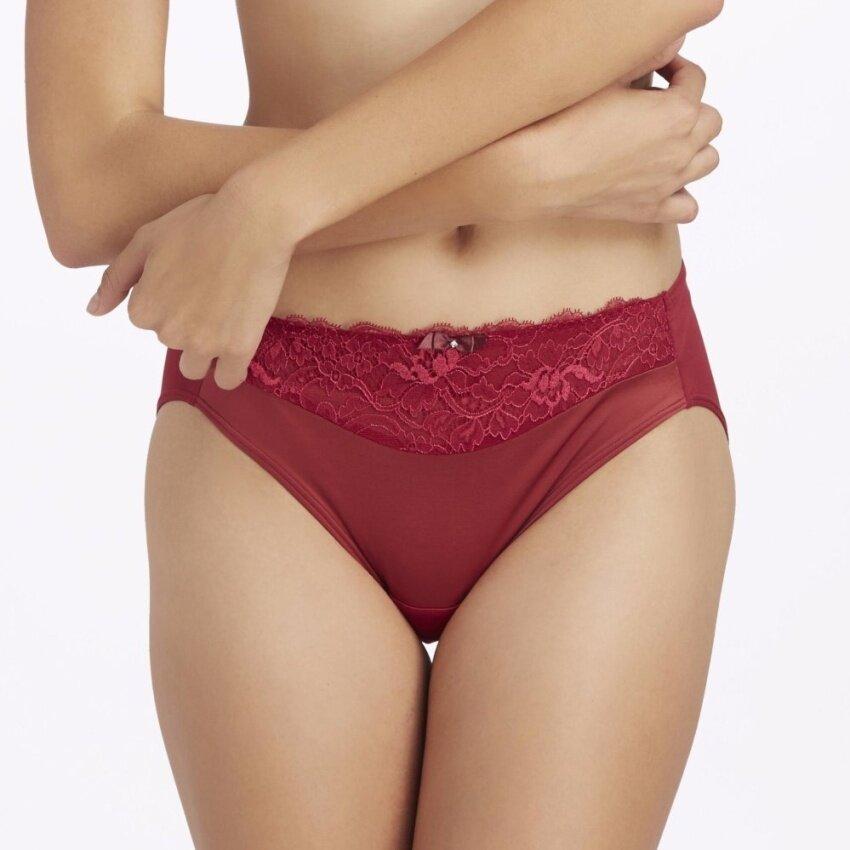 Wacoal Bikini panty (สีแดงเชอร์รี่/CHERRY RED) - W67919