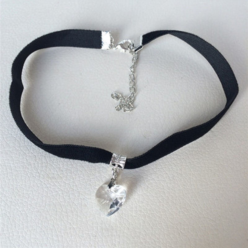 Lady Girls Velvet Choker Necklace Retro Love Heart Crystal Pendant White ...