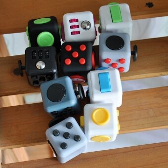3 pcs Extract Rubik's cube  resist irritability  anxiety  decompression cube  dice artifact  toy factory direct wholesaleDark green - intl