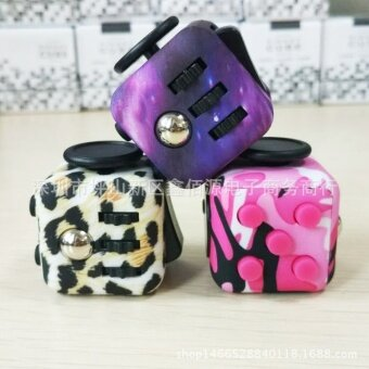 3 pcs New camouflage  pressure  compression  decompression  Rubik's cube  fidget  cube  vent anxiety toys  dice artifactTiger 17 - intl