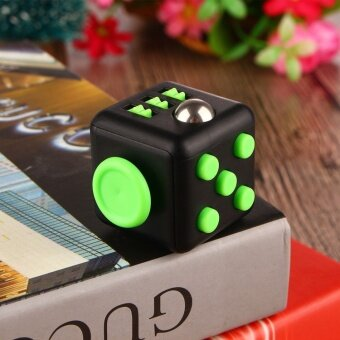 5 pcs Spot American Fidget cube decompression cube  resist anxiety  irritability  vent  extract dice  extract toysBlack green - intl