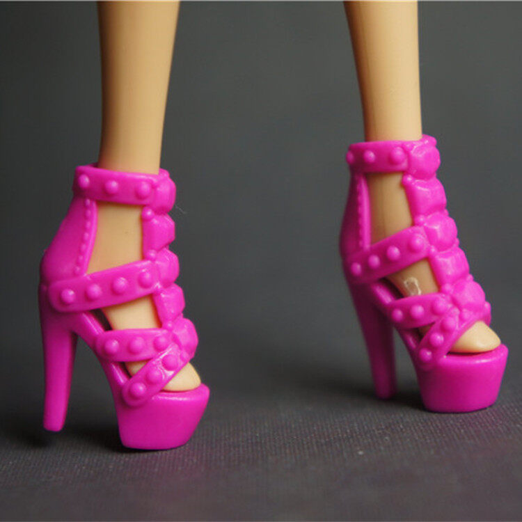 ตุ๊กตาบาร์บี้ Shishang ตุ๊กตารองเท้าลำลองรองเท้าตุ๊กตา