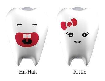 Flipper ที่ครอบแปรงสีฟัน รุ่น ฮาฮ่า & คิตตี้ สีขาว (2 ชิ้น/แพค)