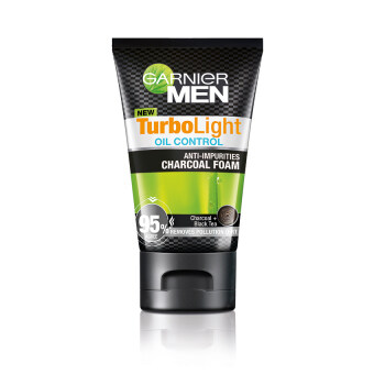 GARNIER Men Turbolight Oil Control Charcoal Foam 100ml