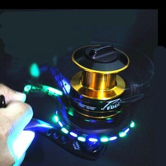 5000 Series 10+1 Ball Bearings 5.5:1 Fishing Reel LED Flash FishingSpinning Reel Fishing Tackle Reel with Emitting LED - intl