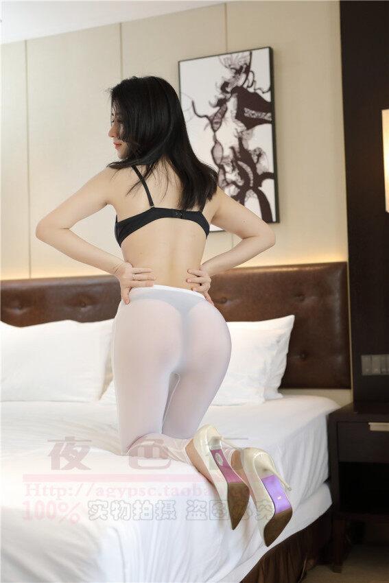 ผ้าไหมนมโปร่งใสบางเฉียบแน่นกระชับกางเกง bottoming กางเกง (สีขาว)