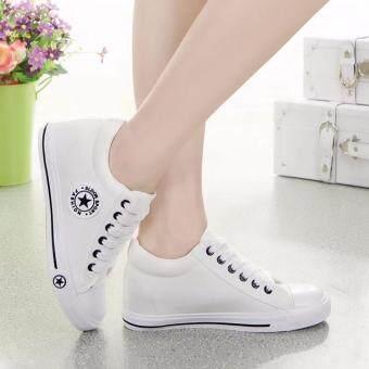 Kiyaya รองเท้าผ้าใบแฟชั่นเสริมสันผู้หญิง รุ่น TP-CM9107-White/Black (image 1)