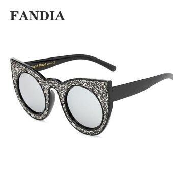 Harga women fashion brand sunglasses with box color white grey - intl